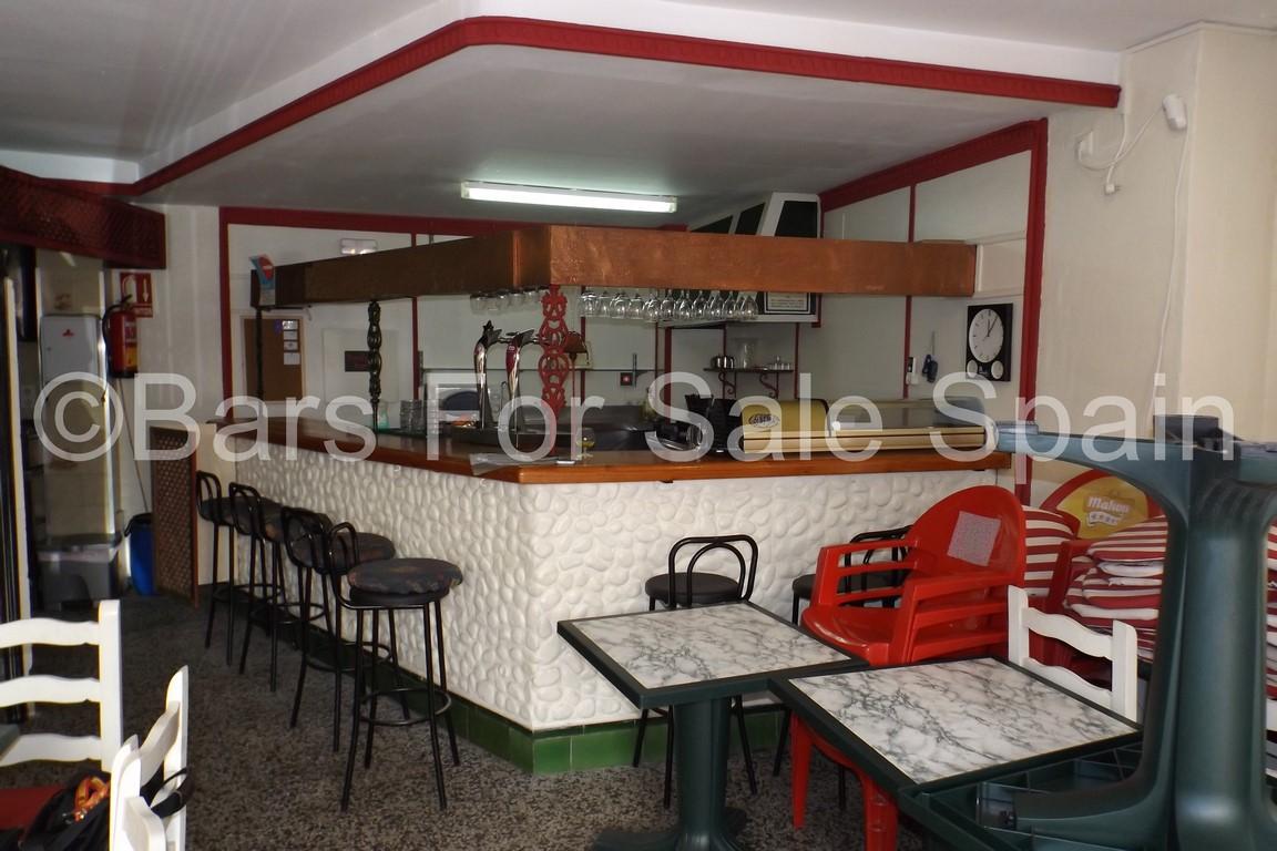 Bar Restaurant For Sale in Fuengirola, Malaga, Spain