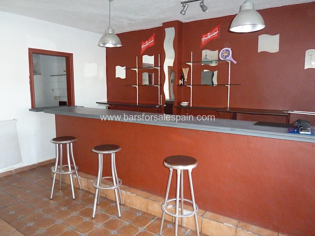 Freehold Cafe Bar for sale in Fuengirola, Costa del Sol