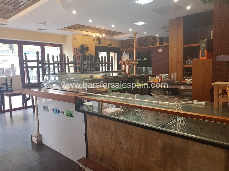 Fantastic Bar Restaurant in the heart of Fuengirola, Costa del Sol, Spain