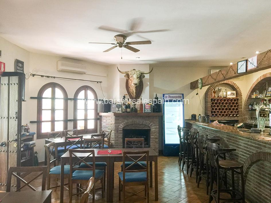 Traditional Country Style Cafe Bar In Mijas Village With its Own Apartment