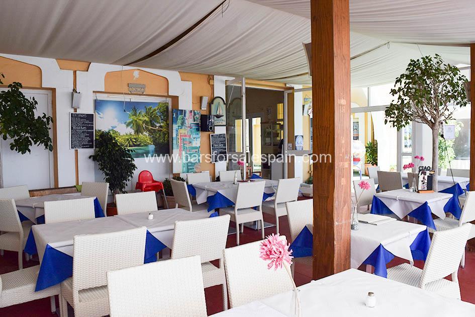 Family Run Italian Restaurant in Fuengirola Port