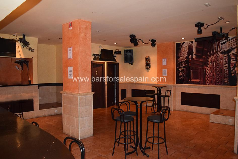 Lovely Disco Bar for Lease in Central Fuengirola