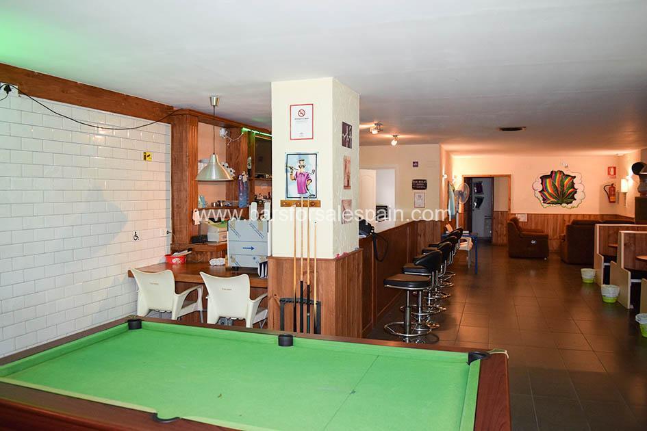 Fully Legal Social Cannabis Smoking Club and Drinks Bar in Fuengirola